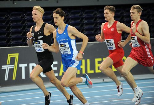 Hallen-DM, 1. Tag: Puglisi springt und Mayer sprintet aufs Podest